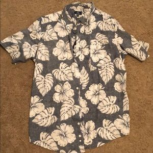 Hawaiian Short Sleeve Button Down Shirt (Men's)